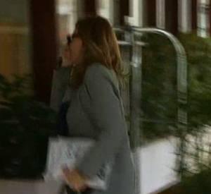 La première Dame s'est faite très discrète. Seule I-Télé a pu filmer son arrivée à l'hôtel.