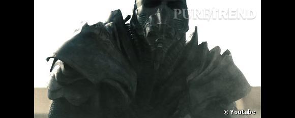 """Dans le trailer de """"Man of Steel"""", on découvre également les machines de guerre de Zod."""