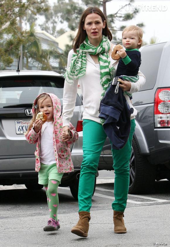 Jennifer Garner et ses deux enfants Seraphina et Samuel, une famille unie.