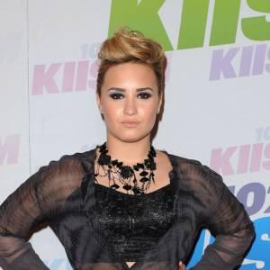 Demi Lovato arbore un look toujours plus sexy.