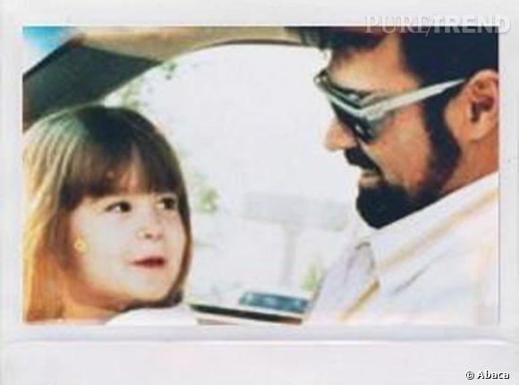 Demi Lovato rend hommage à son père biologique décédé, via son compte Twitter.