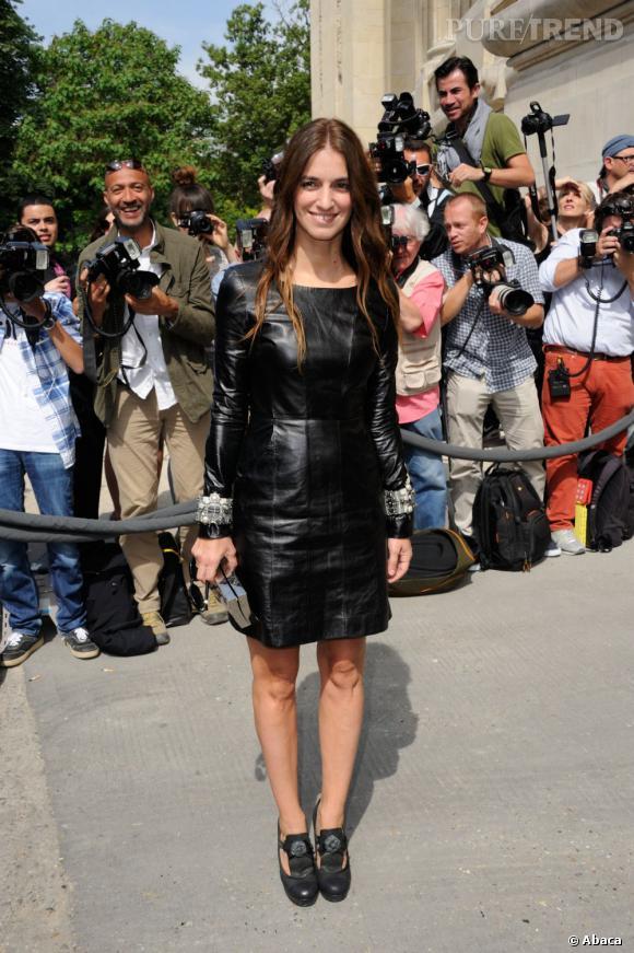 Joanna Preiss au défilé Chanel Haute Couture Automne Hiver 2013-2014.