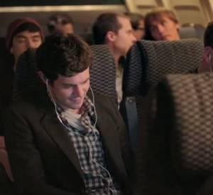 """Adam Brody se confie sur son rôle de playboy dans """"Some Girl(s)""""."""