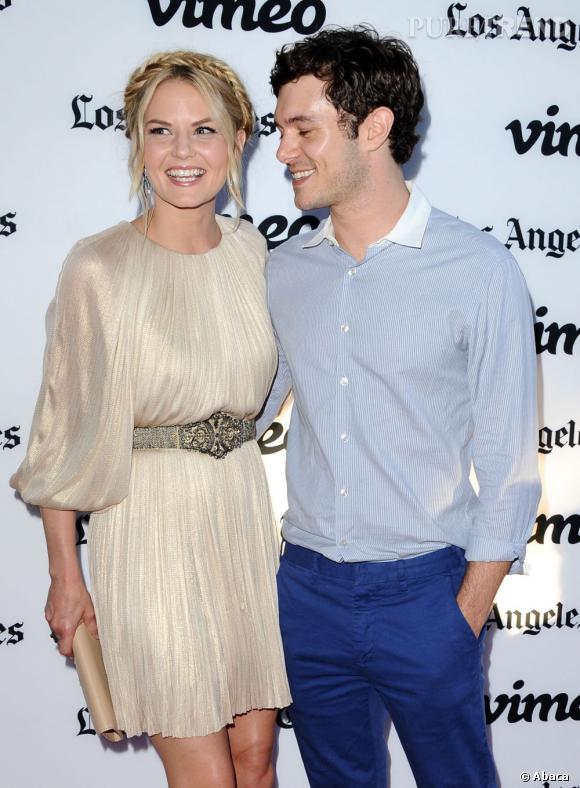 "Adam Brody joue avec Jennifer Morrison dans le film ""Some Girl(s)""."