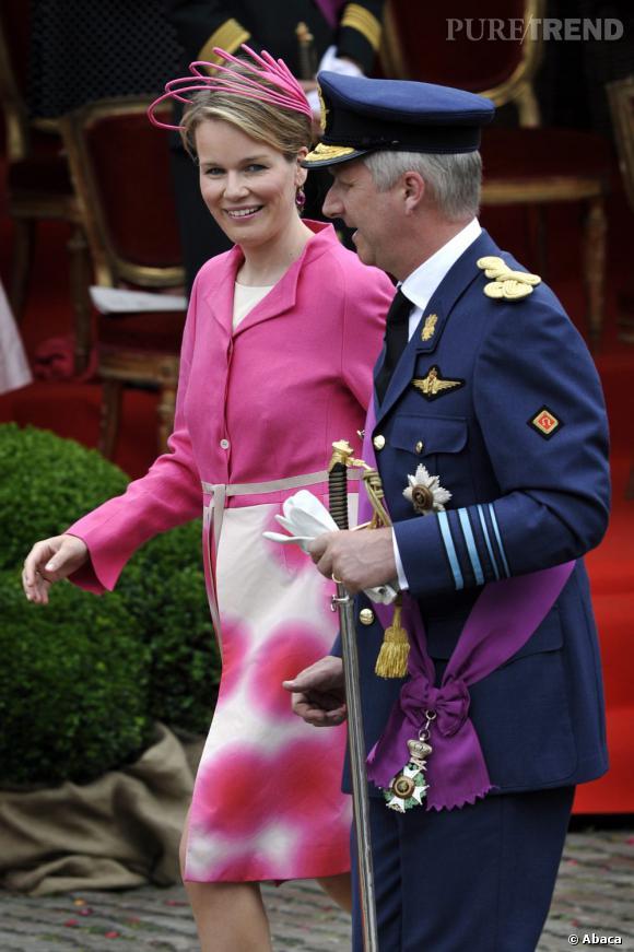 La Princesse Mathilde de Belgique et son mari le Prince Philippe de Belgique, le 21 juin 2009 pour la parade militaire à Bruxelles...