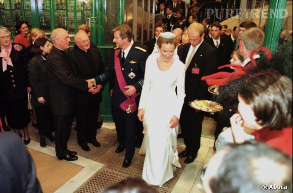La Princesse Mathilde de Belgique et son mari le Prince Philippe de Belgique se sont mariés le 4 décembre 1999 dans la cathédrale Saint-Michel et Gudule.