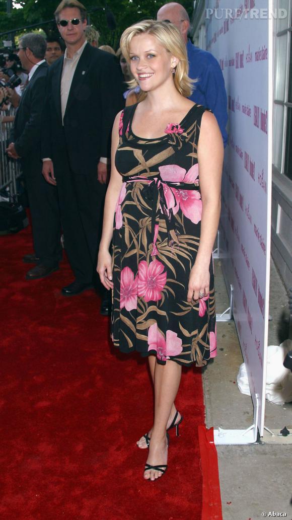 Stars enceintes :     Le flop de Reese Witherspoon :  démodée de A à Z.