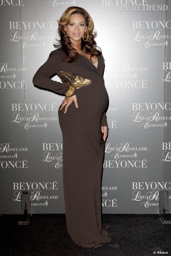 Stars enceintes :     Le top de Beyoncé :  une bien jolie silhouette, parfaitement valorisée.