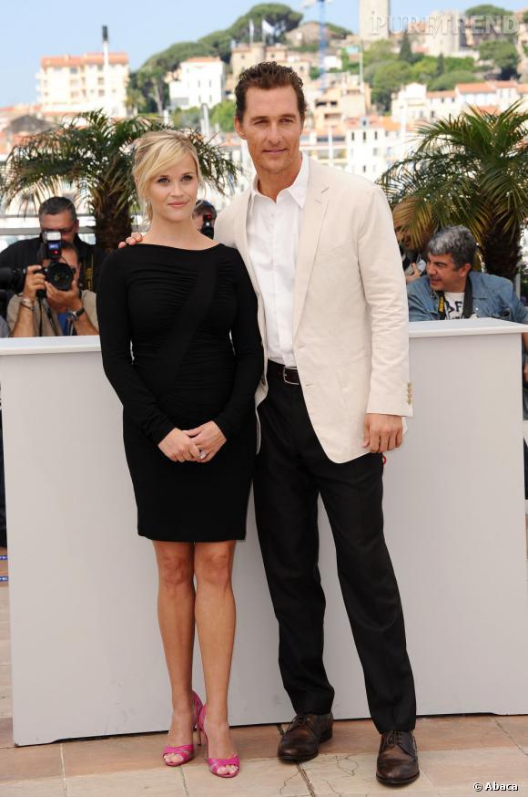 Stars enceintes :     Le top de Reese Witherspoon  : la petite robe noire, un classique qui marche.