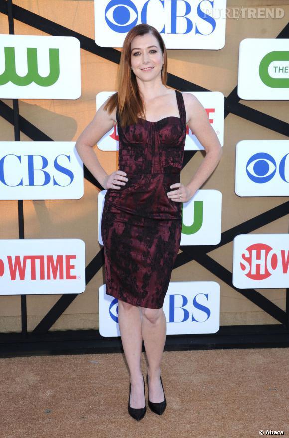 """Alyson Hannigan à la soirée d'été CW, CBS et Showtime pour la Television Critics Association, accompagnée du casting d'""""How I Met Your Mother""""."""
