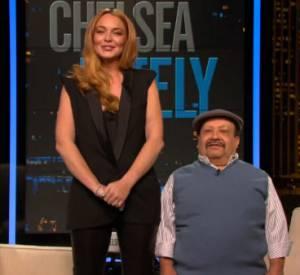 """Mais Lindsay Lohan ne s'arrête pas là ! Lundi, elle a joué les guest pour l'émission """"Chelsea Lately""""."""