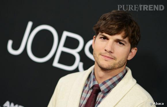 """Ashton Kutcher reste l'acteur le mieux payé du petit écran grâce à ses 750 000 dollars de salaire par épisode de """"Mon Oncle Charlie""""."""
