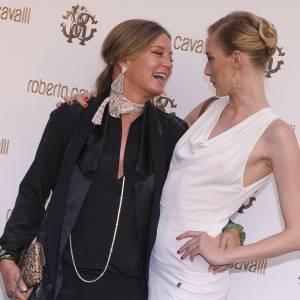 Eva Riccobono avec la créatrice Eva Cavalli.