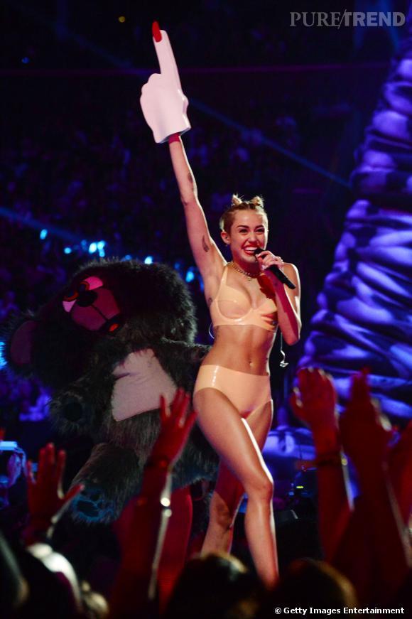 Miley Cyrus ne fera plus la couverture du Vogue US, comme cela était initialement prévu.