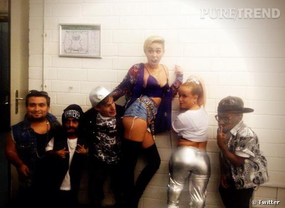Miley Cyrus, une vraie crazy girl sur Twitter.
