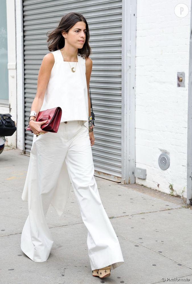 top blanc pantalon blanc look 100 minimaliste et pur. Black Bedroom Furniture Sets. Home Design Ideas