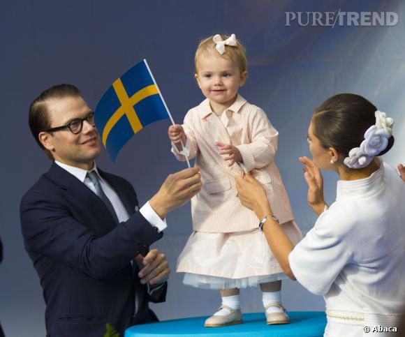 La petite Estelle de Suède attire toute l'attention lors de plusieurs célébrations données ce week-end pour le jubilé des 40 ans de règne du roi Carl XVI.