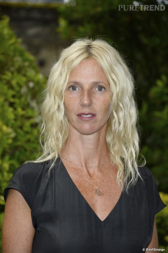 Aout 2013, Sandrine Kiberlain est plus blonde que jamais, on adore !