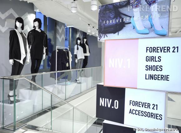 Nouvelle boutique Forever 21 Rivoli 144 Rue De RivoliParis 75001Tel : 0139464012