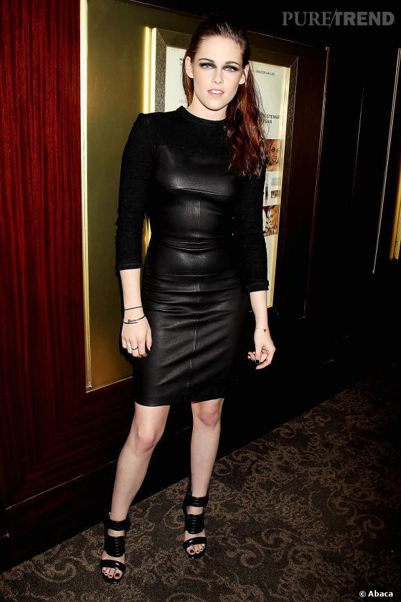 Kristen Stewart futuriste en cuir.