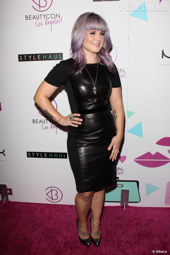 Kelly Osbourne et sa robe seconde peau.