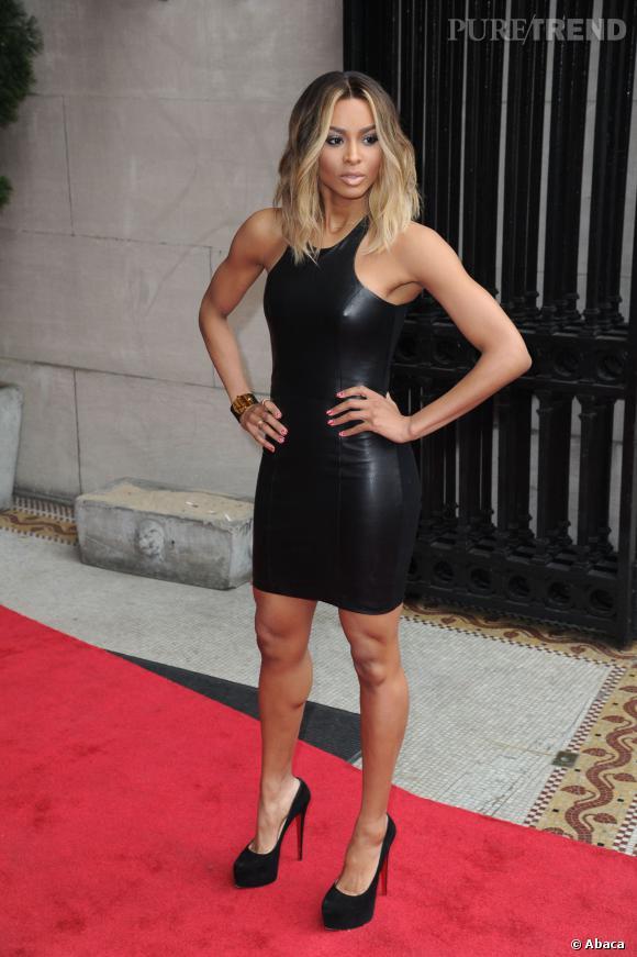 Ciara et sa robe de superwoman.