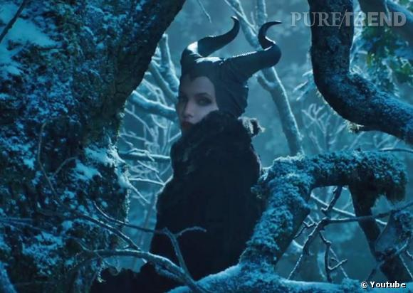 """Angelina se révèle sombre et inquiétante dans la première bande-annonce de """"Maléfique"""", prévu le 28 mai 2014."""