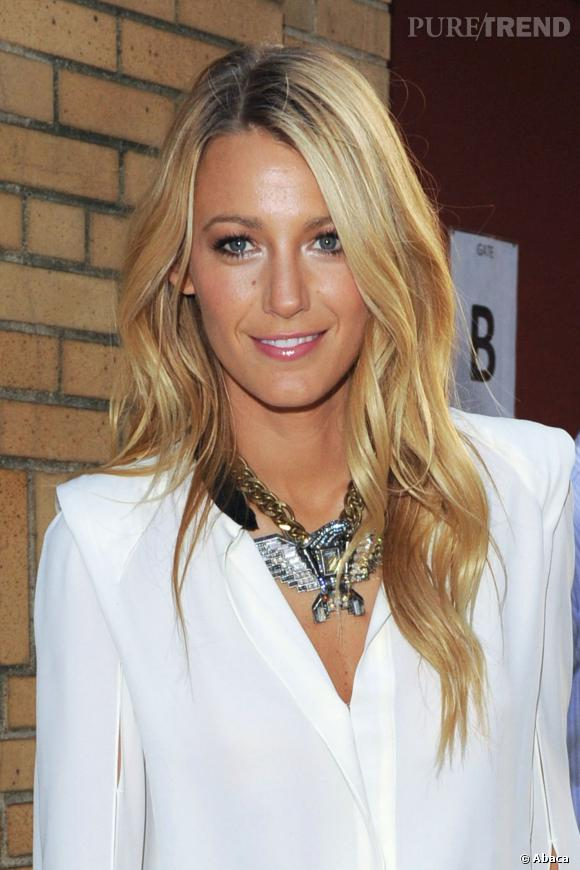 Blonde solaire, Blake Lively est une égérie pas comme les autres.