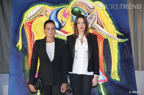 Stéphanie de Monaco et sa fille Pauline Ducruet lors d'un gala Fight Aids à Monte-Carlo le 1 décembre 2013.