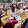 Flora Coquerel Miss France 2014, la reine de beauté est de retour à Morancez, sa ville natale.