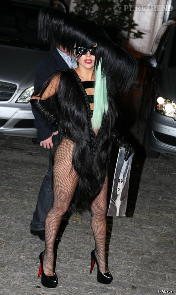 La robe en cheveux de Lady Gaga est l'une des créations déjantées de Charliie le Mindu
