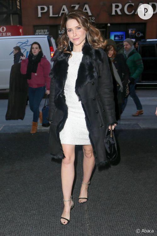 """Sophia Bush se rend au Today Show pour promouvoir sa nouvelle série """"Chicago PD""""."""