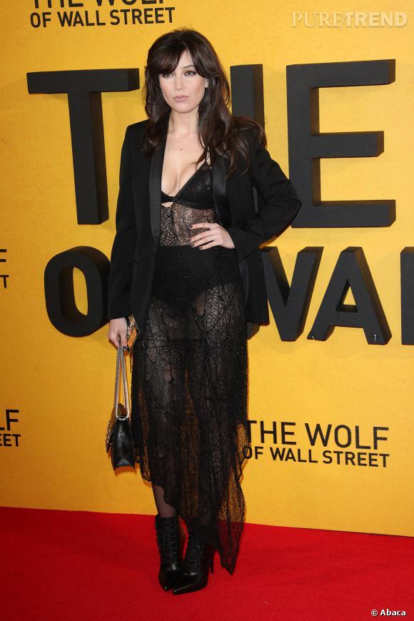 """Daisy Lowe à la première du """"Loup de Wall Street"""", un peu too much ?"""