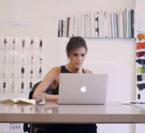 "Trailer du documentaire ""Five Years – The Victoria Beckham Fashion Story""."