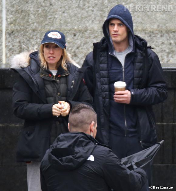 """Jamie Dornan affiche une mine renfrognée sur le plateau de """"Fifty Shades of Grey"""", le 29 janvier 2014. Des tensions sur le plateau de tournage ?"""