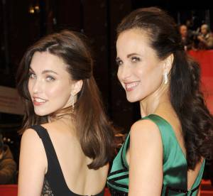 Andie MacDowell et sa fille Rainey Qualley : copie conforme à la Berlinale 2014