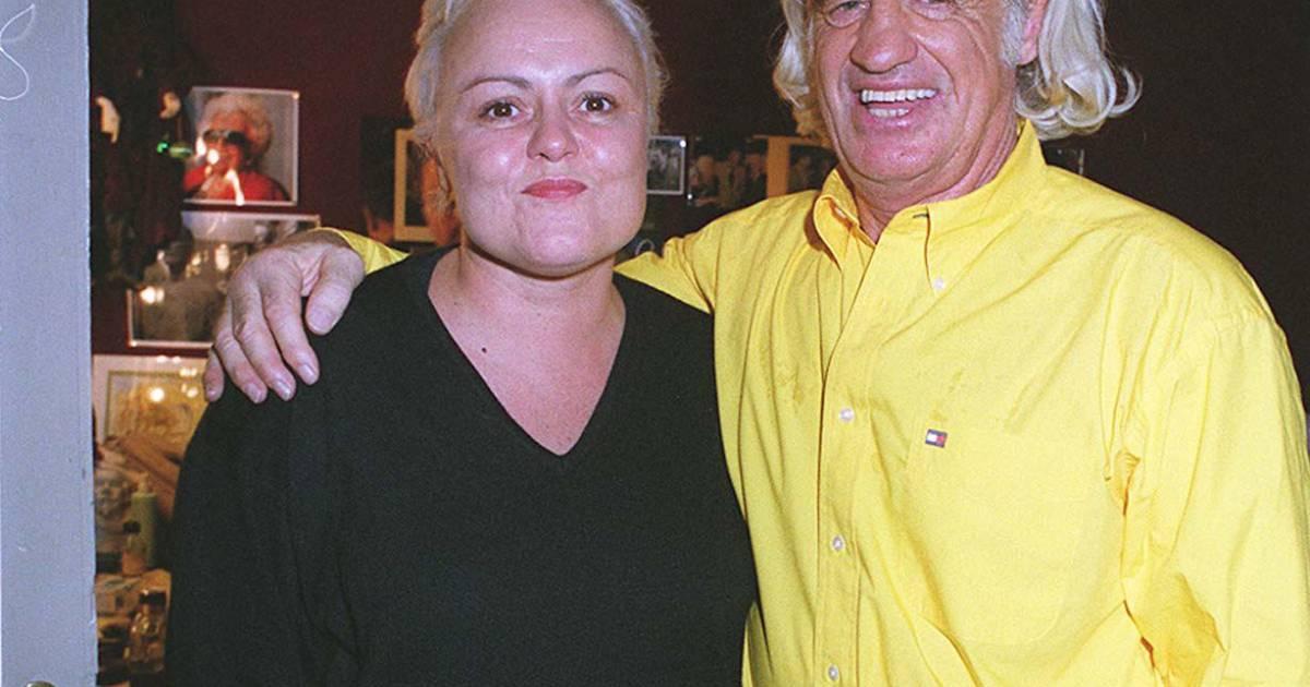 Muriel robin et jean paul belmondo en 1999 a la derni re for Muriel robin le salon de coiffure