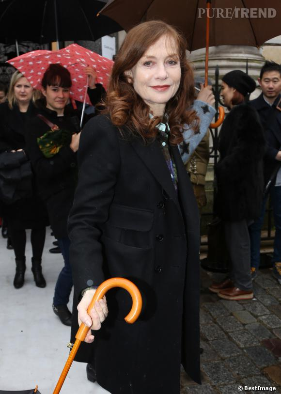 Isabelle Huppert au défilé Carven, jeudi à Paris.