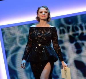 César 2014 : Sara Forestier, une robe maxi fendue !