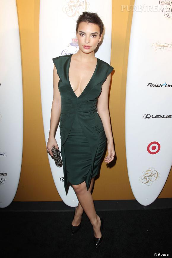 """Emily Ratajkowski, la bombe jouera son propre rôle dans le film """"Entourage"""" adapté de la série de HBO."""
