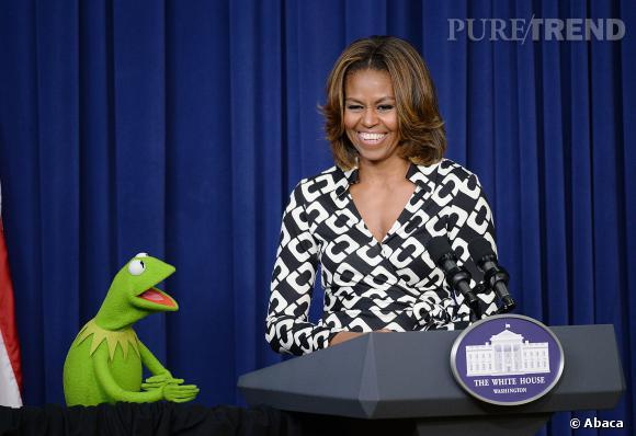 """Michelle Obama et Kermit pour le """"Muppets most wanted""""mercredi 12 mars 2014."""