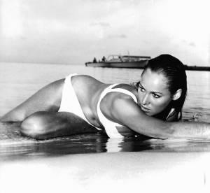Ursula Andress : une femme, un corps mythique, un bikini sexy