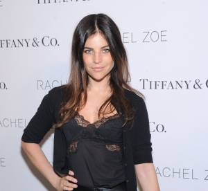 "Julia Restoin-Roitfeld, le look ""Grease"" ultra-sexy chez Tiffany & Co."