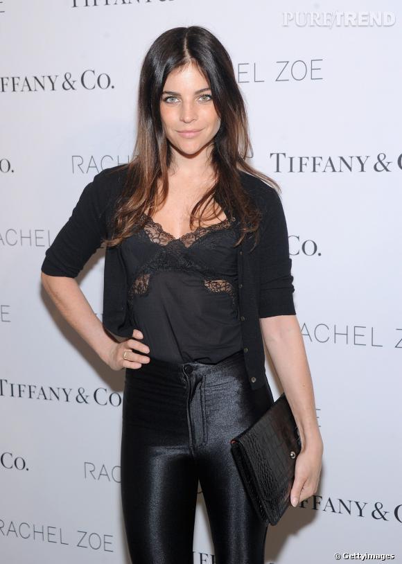 Julia Restoin-Roitfeld est apparue dans une tenue rétro et ultra-sexy pour la soirée Tiffany & Co., le 24 mars 2014, à New York.