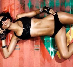 Emily Ratajkowski se dénude (encore) pour Fox Swimwear