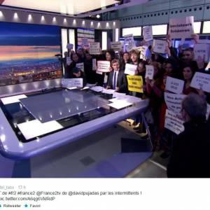 David Pujadas, obligé de rendre l'antenne de son JT ce mardi 8 avril sur France 2.