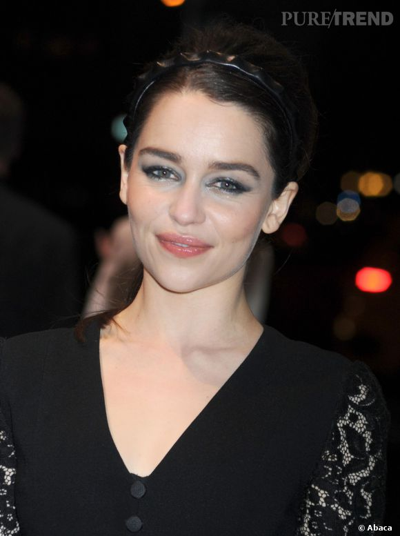 Emilia Clarke, le fantasme numéro 1 des hommes mis à l'honneur pour Marie-Claire.