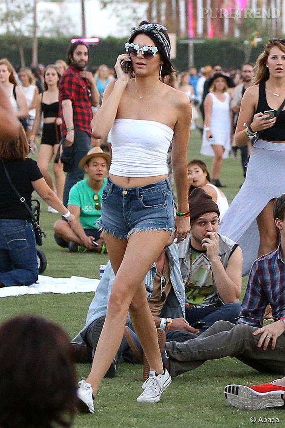 Coachella 2014 : Kenfall Jenner n'a rien à cacher, surtout pas ses jambes.