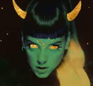 """Lily Allen dans son clip """"Sheezus"""" dévoilé le 22 avril 2014."""