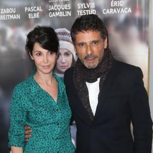 """Zabou Breitman et Pascal Elbé tiennent les rôles principaux de """"24 jours, la vérité sur l'affaire Ilan Halimi"""". Au cinéma le 30 avril 2014."""